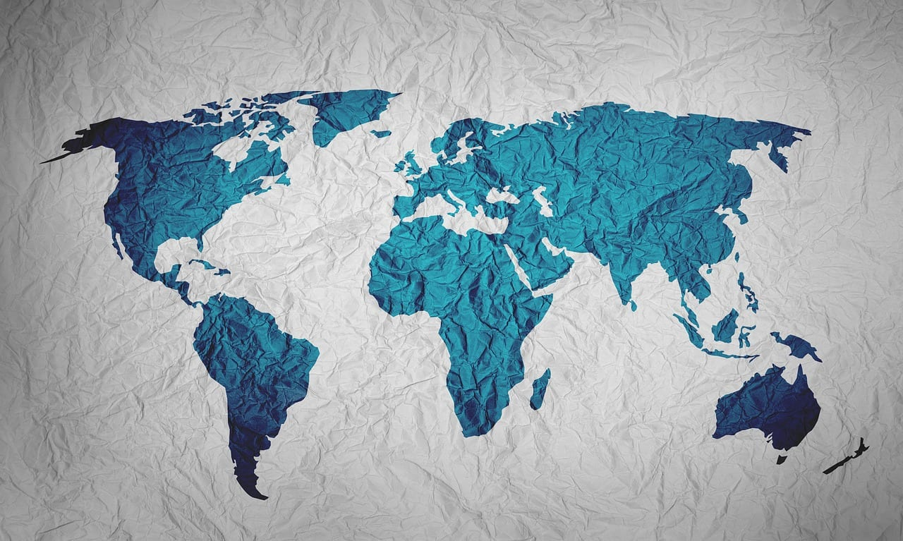 """Video: """"Popular Map Of The World Is A Lie"""""""