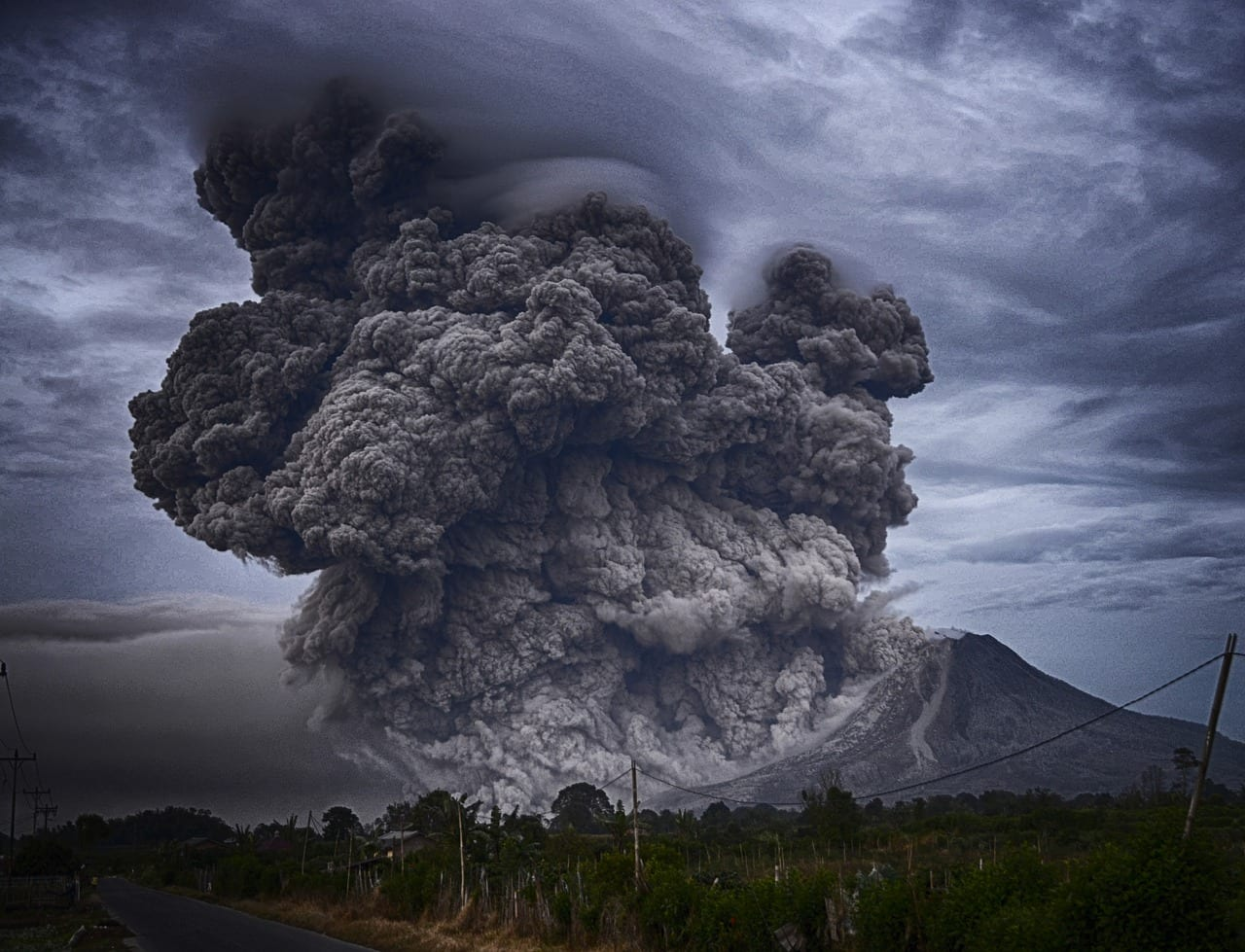 """Video: """"The Biggest Volcanic Eruption in Human History"""""""