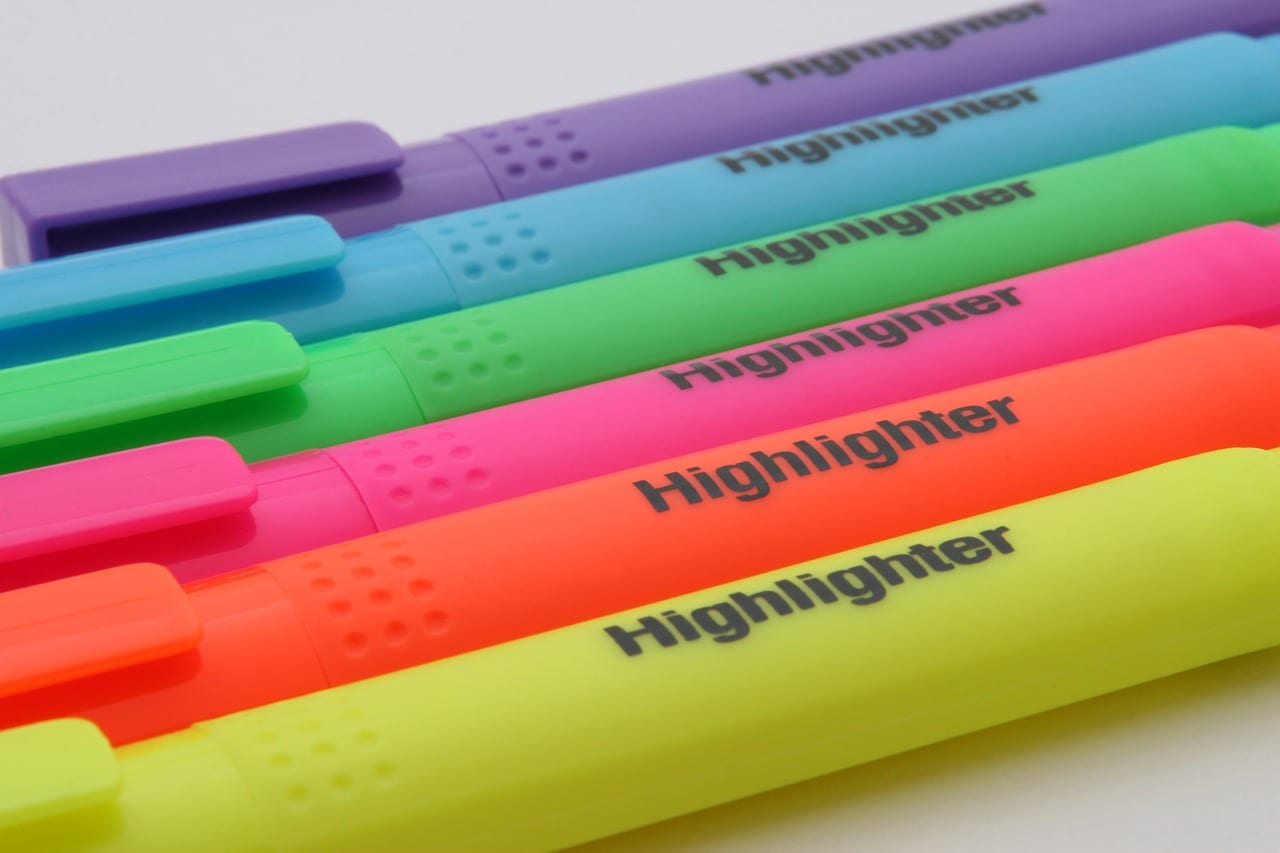 Helpful Review Of Research On Using Highlighters To Learn