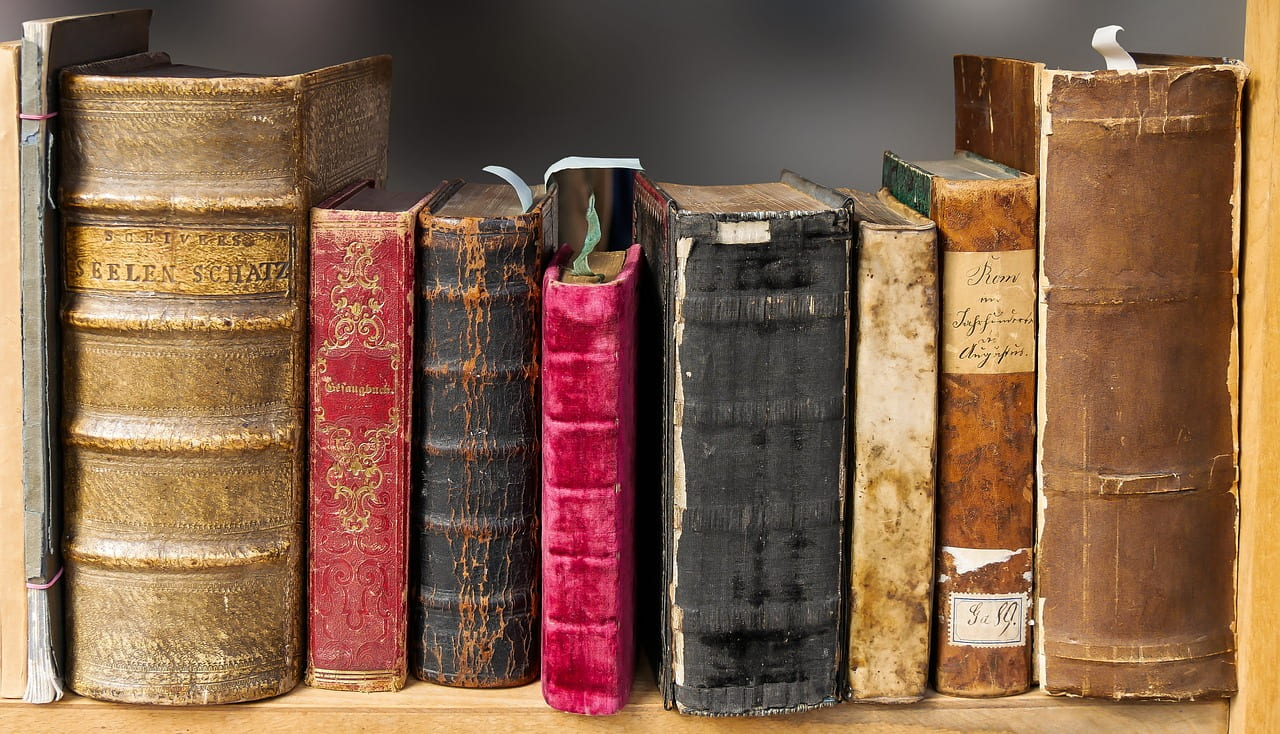"""Google Publishes Cool Interactive About Books: """"Books: From Scrolls to Screens"""""""