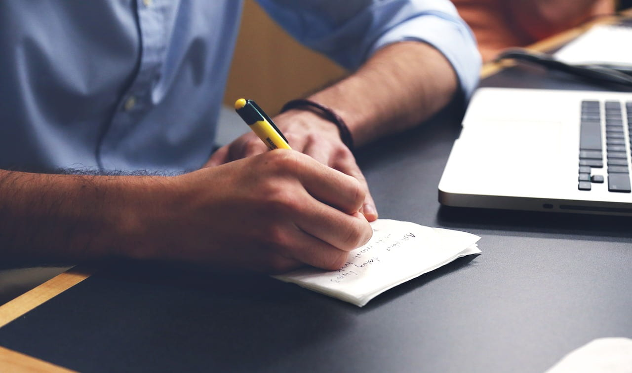 """Video: """"How to Take the Best Notes, According to Psychology"""""""