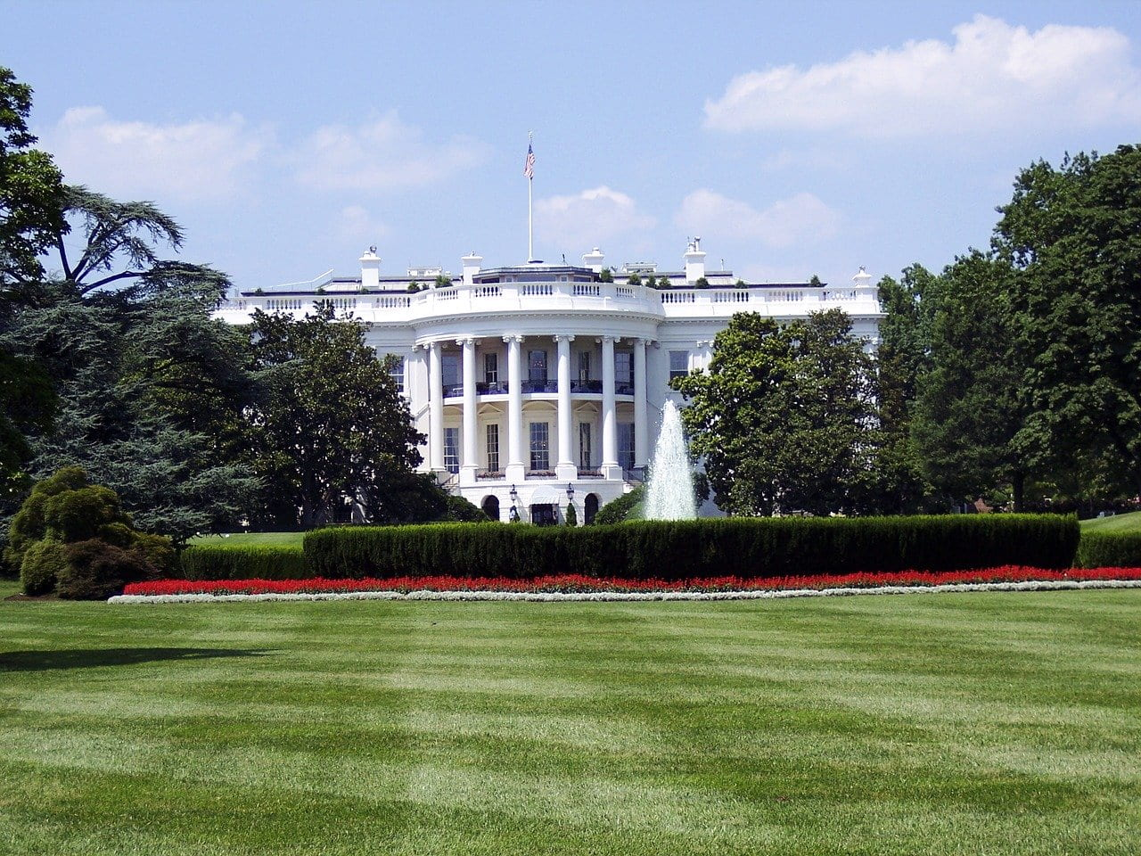 """iCivics Updates """"Win The White House Game,"""" Including Support For ELLs"""